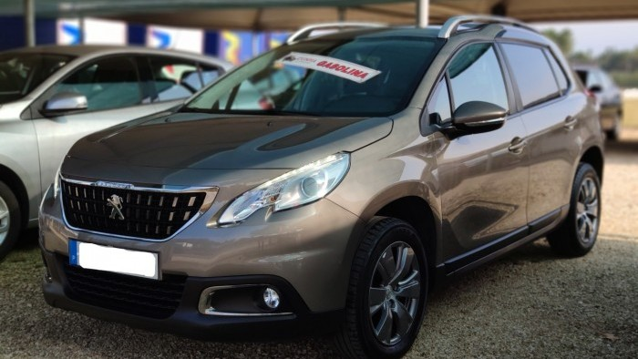 Peugeot 2008 1.2 Pure Thech