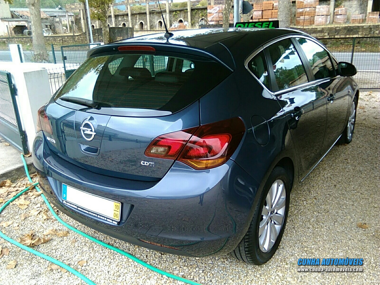 OPEL Astra 1.7 CDTI 110CV Sports Tourer Cosmo - Auto Usate ...